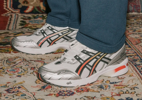 ASICS Continues Its Running Revival With The GEL-1090 From 2004