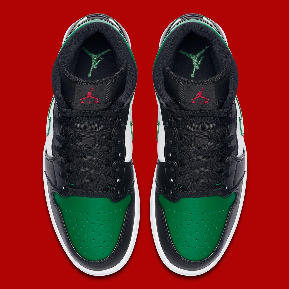 Air Jordan 1 Mid Dressed In Christmas