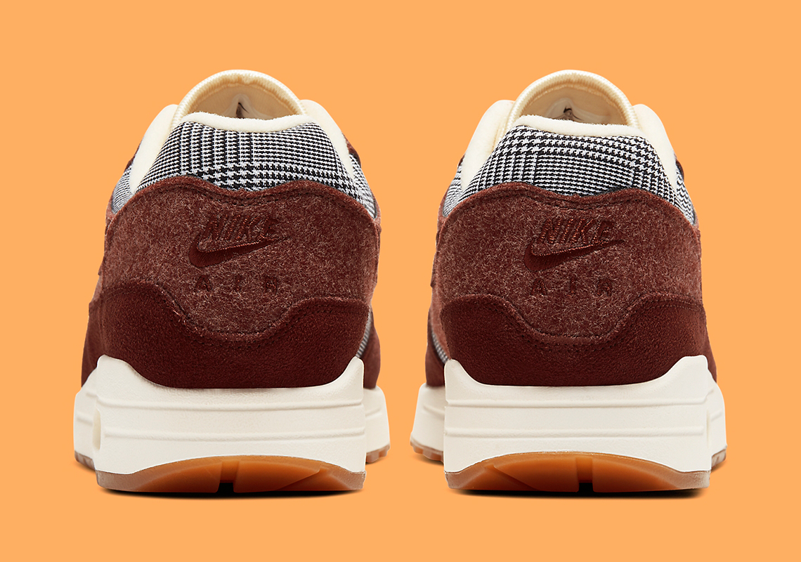 Nike Air Max 1 Houndstooth CT1207 200 Release Info