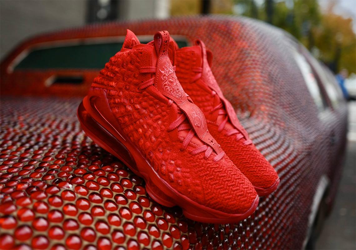 Basketball , SneakerNews.com