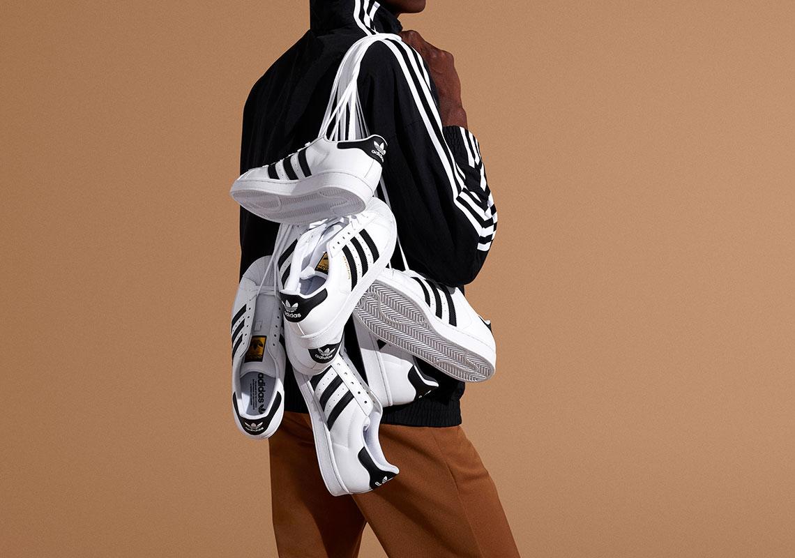 bronce Objetivo Tregua  adidas Superstar 50th Anniversary Announcement | SneakerNews.com
