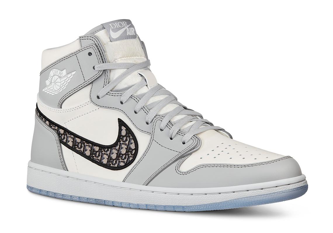 DIOR Air Jordan 1 First Look   SneakerNews.com