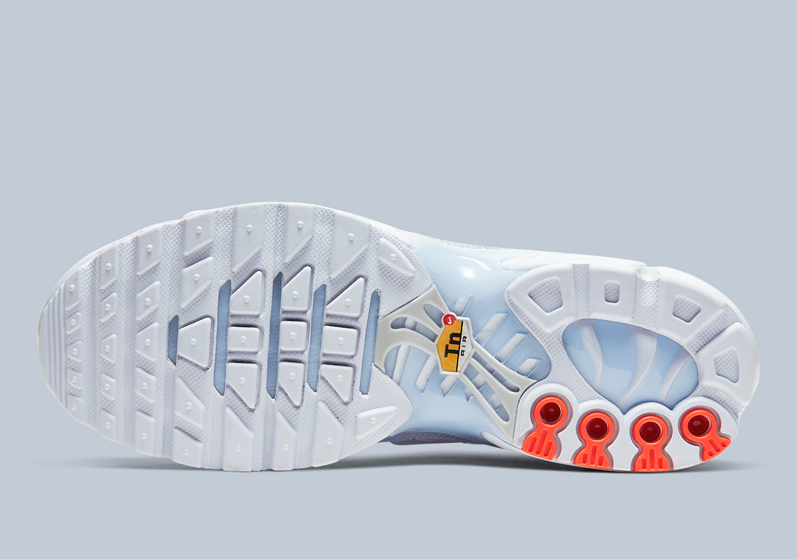 The Nike Air Max Plus Will get An Icy Blue And Orange