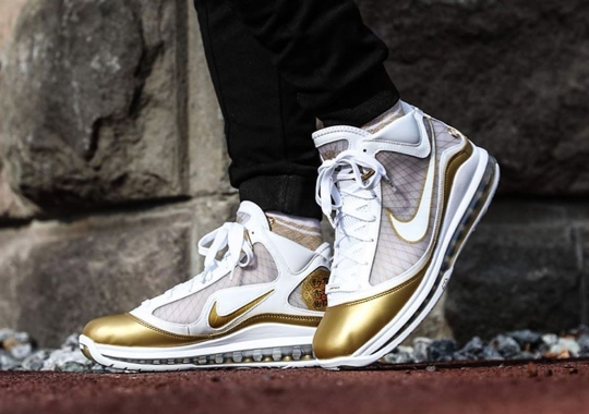 """The Nike LeBron 7 """"China Moon"""" Is Next On The Retro List"""
