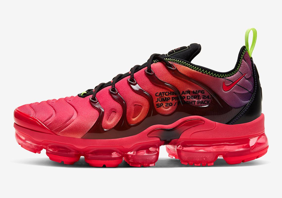 punto final alto Anécdota  Nike Vapormax Plus Pink Red CU4709-001 | SneakerNews.com