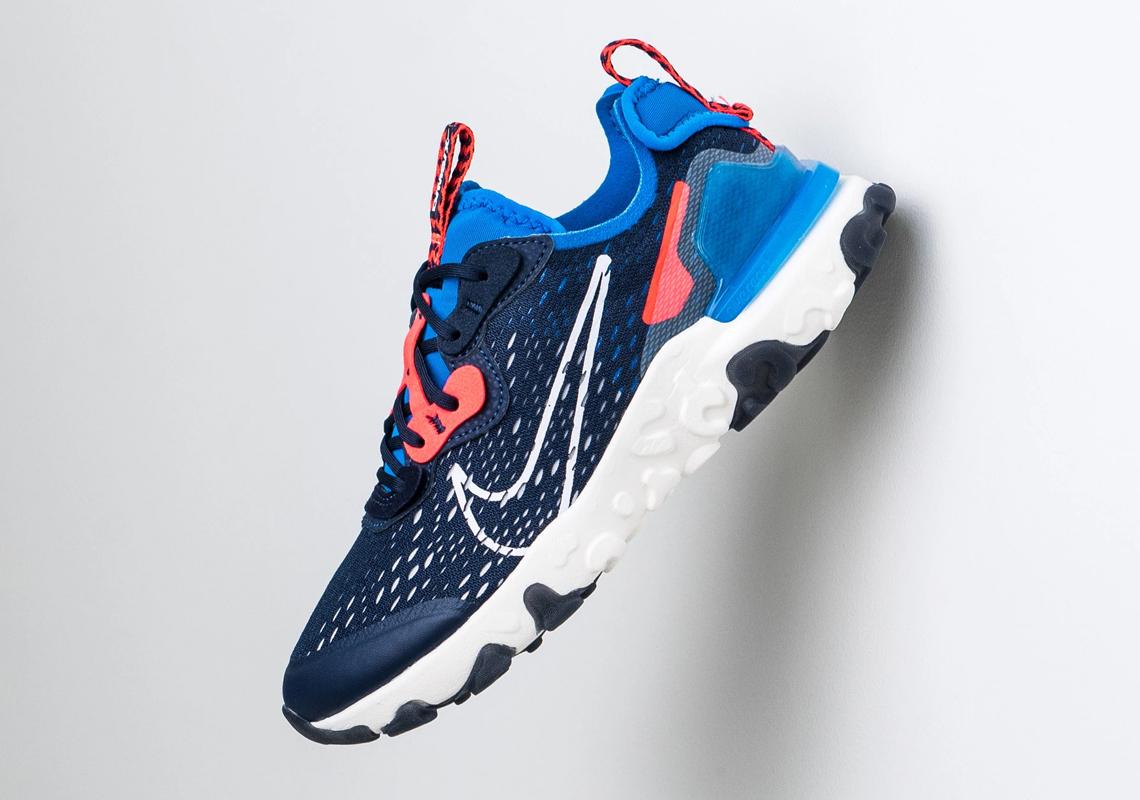 Nike React Vision Midnight Navy GS CD6888-400 | SneakerNews.com