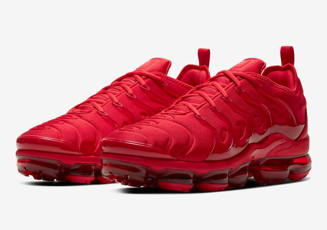 Nike Vapormax Plus Triple Red CW6973