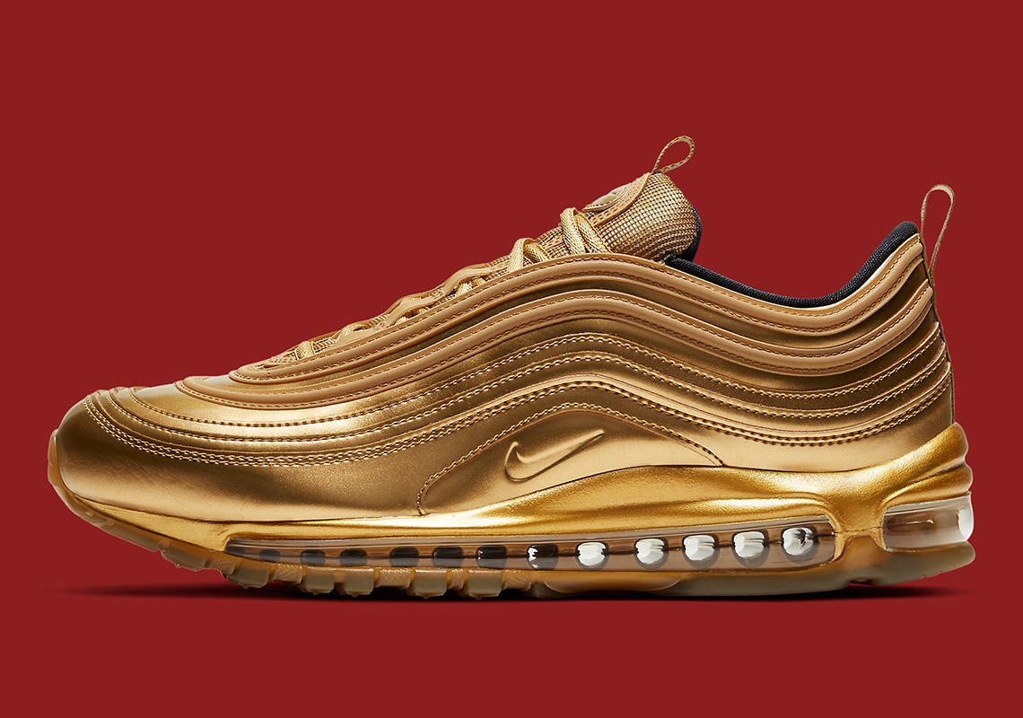 Pío Costoso Nueve  Nike Air Max 97 Metallic Gold CT4556-700 | SneakerNews.com