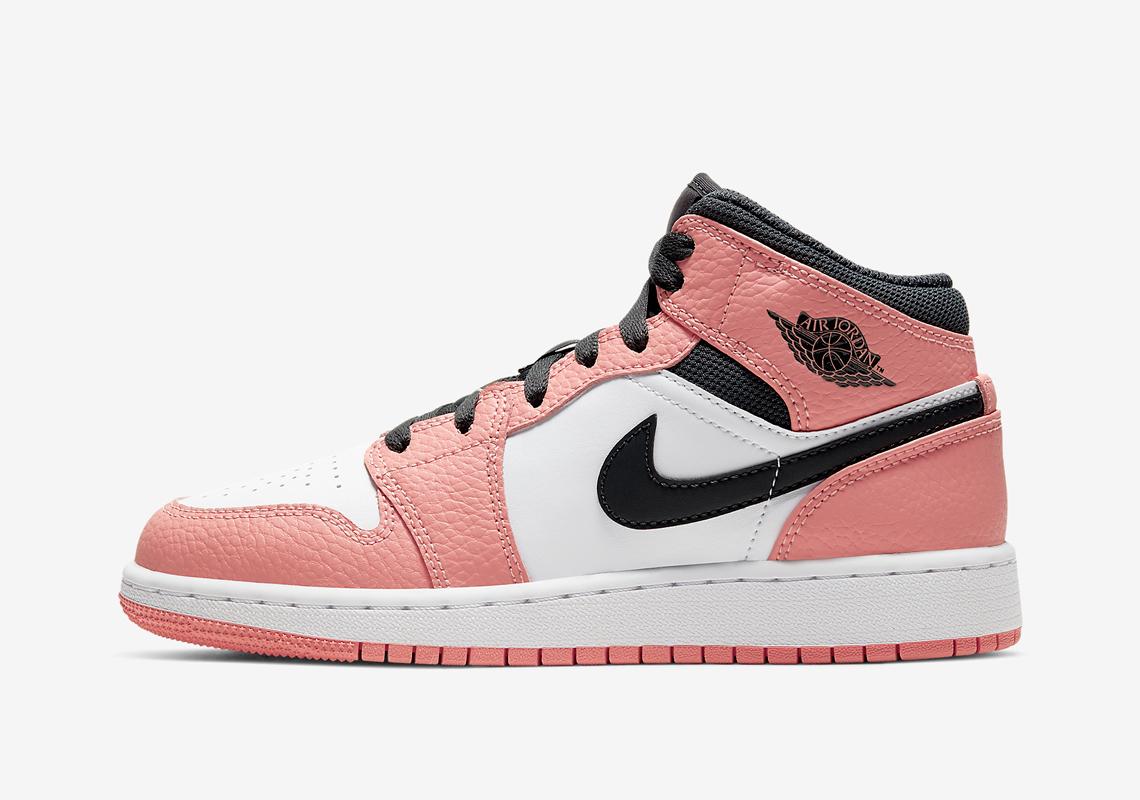 álbum Temeridad de primera categoría  Air Jordan 1 Mid GS Pink Quartz 555112-603 | SneakerNews.com