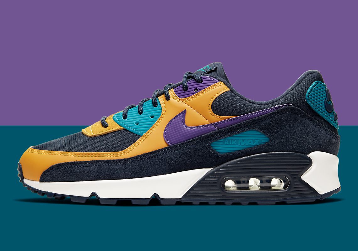 Nike Air Max 90 ACG Air Escape CN1080 200 |