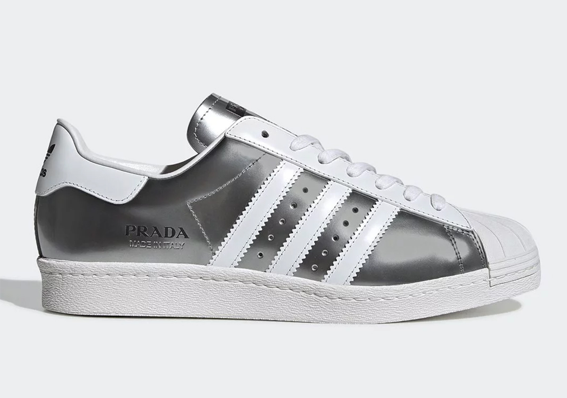 comedia Decorativo plato  Prada adidas Superstar Metallic Silver - Release Info | SneakerNews.com