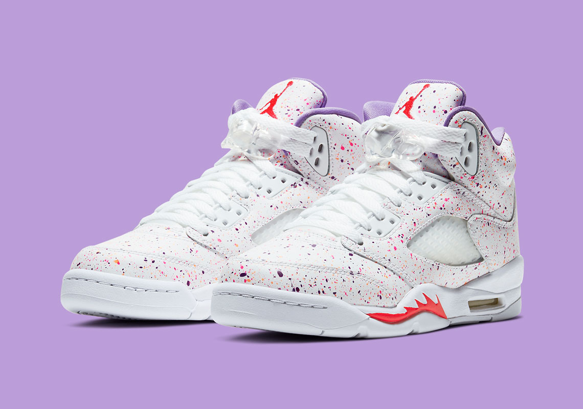 Queja Temporada Raramente  Air Jordan 5 GS Easter CT1605-100 Release Date | SneakerNews.com