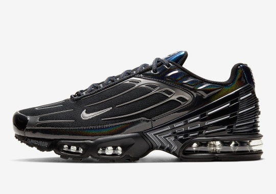Nike Adds Iridescent Panels To The Air Max Plus 3