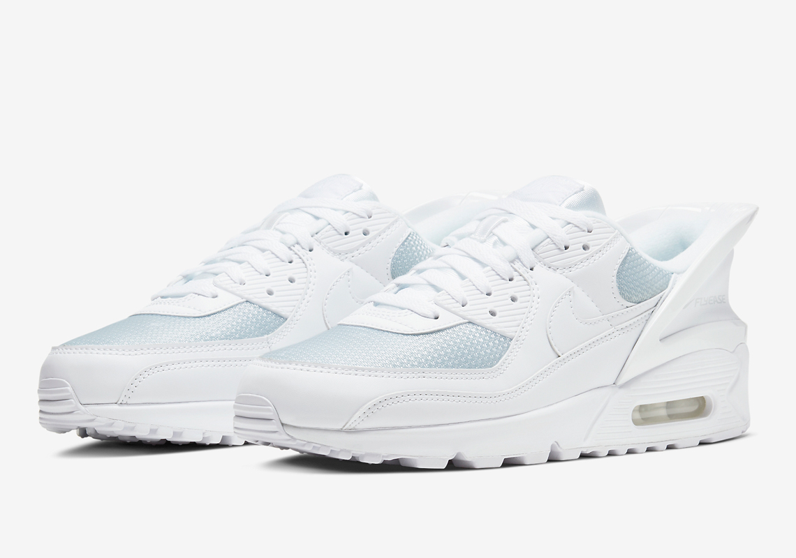 Nike Air Max 90 FlyEase Triple White