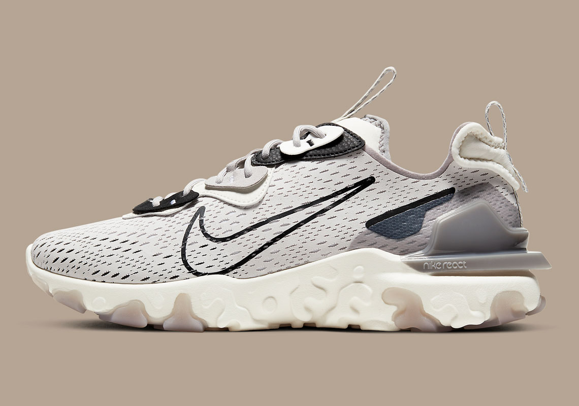 Nike React Vision Vast Grey CD4373-005 | SneakerNews.com