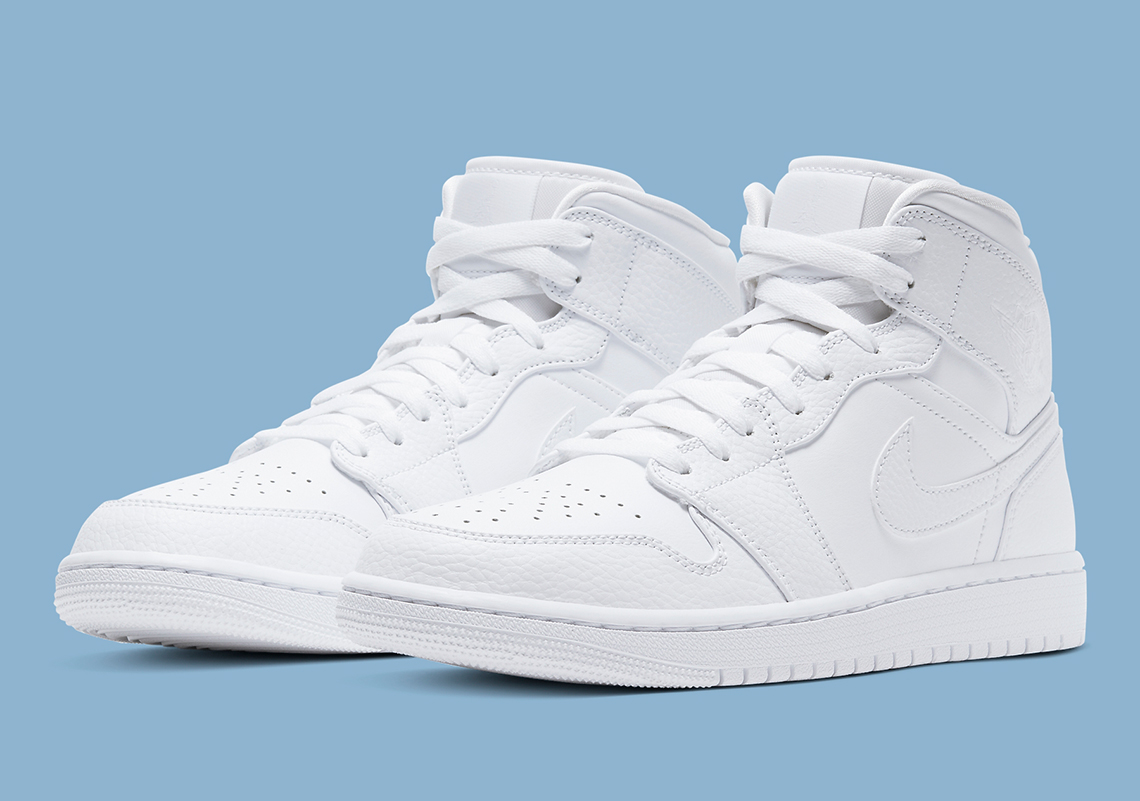Air Jordan 1 Mid Triple White 554724 130 Sneakernews Com