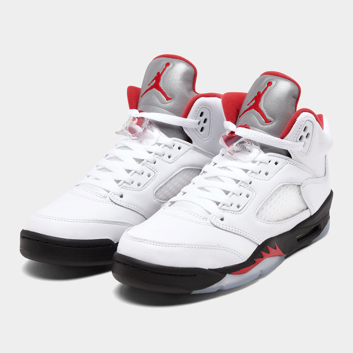 Vigilancia Confesión Préstamo de dinero  Air Jordan 5 Fire Red Kids 440888-102 Release Date | SneakerNews.com