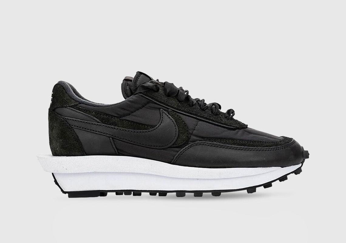 Sacai Nike Waffle Black White Nylon
