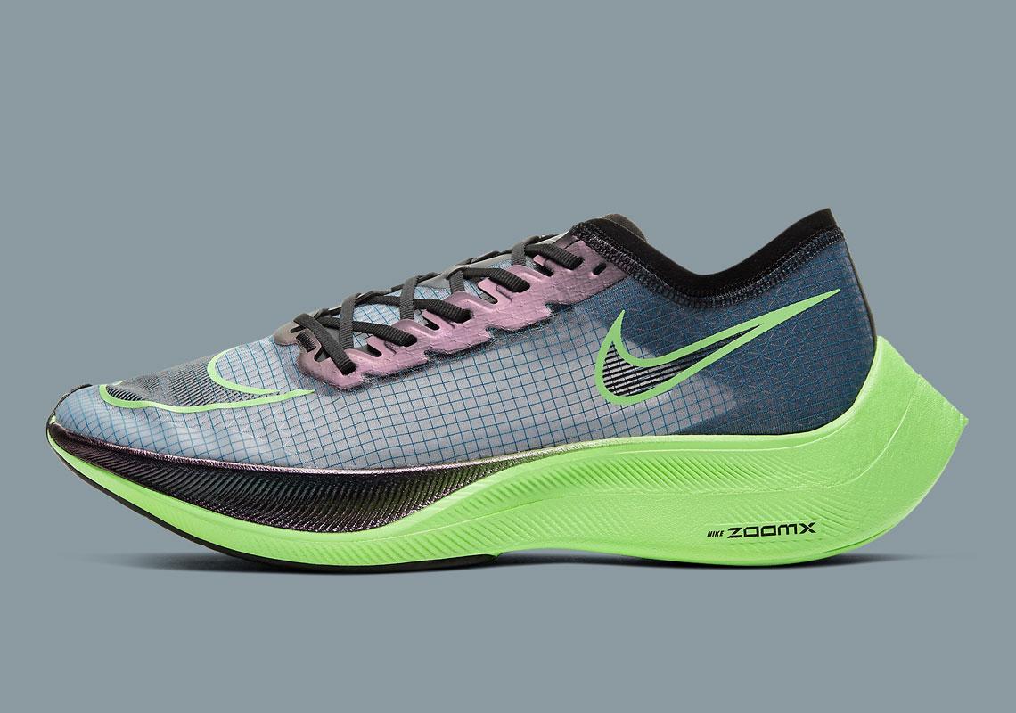 Nike ZoomX Vaporfly NEXT% AO4568-400