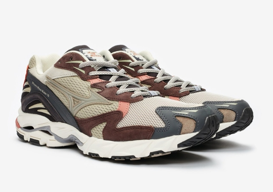 WOOD WOOD x Mizuno Wave Rider 10 Set For A Weekend Release