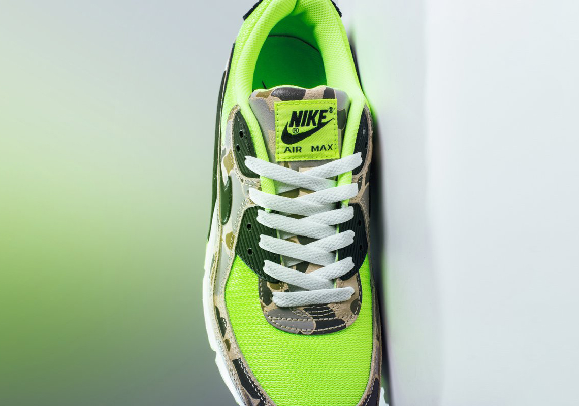 Nike Air Max 90 Ghost Green Duck Camo Release Reminder 3