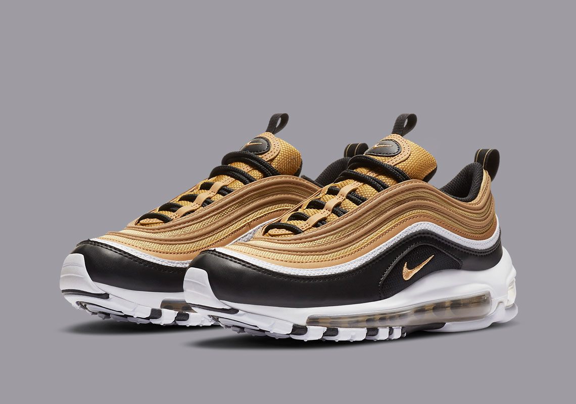 Contestar el teléfono Punta de flecha domesticar  Nike Air Max 97 Kids Black Gold CZ9197-700 | SneakerNews.com