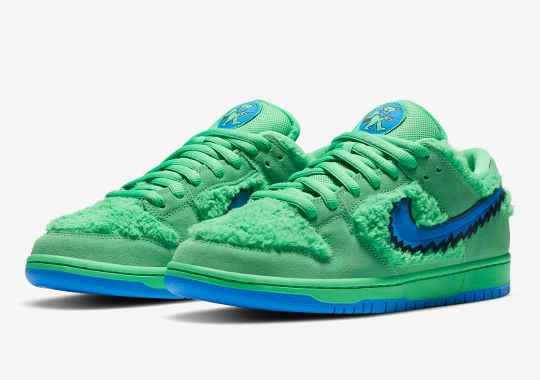 Official Images Of The Grateful Dead x Nike SB Dunk Low In Green