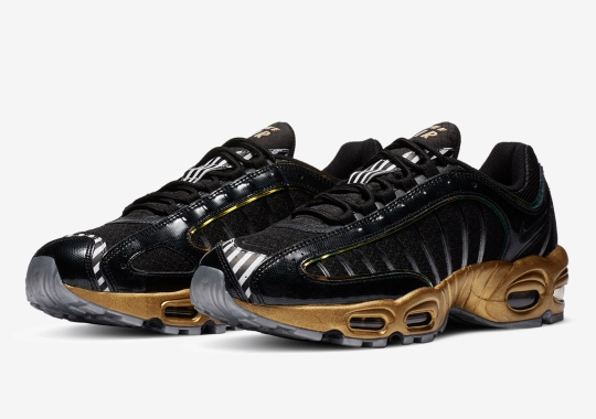 This Nike Air Max Tailwind IV SE Inspired By The Atmospheres Of Earth And Mars