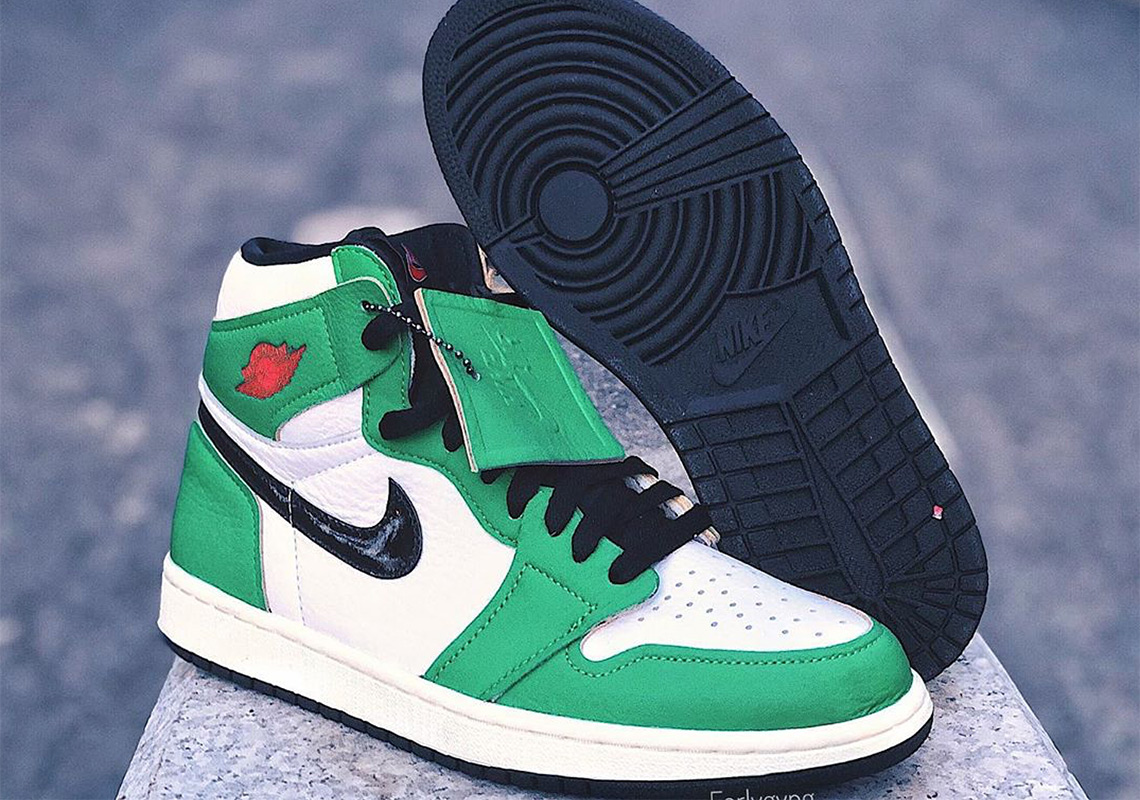 Air Jordan 1 WMNS Lucky Green Release