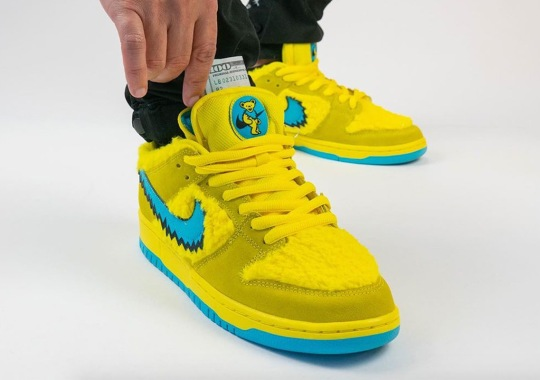 """On-Foot Look At The Grateful Dead x Nike SB Dunk Low """"Opti Yellow"""""""