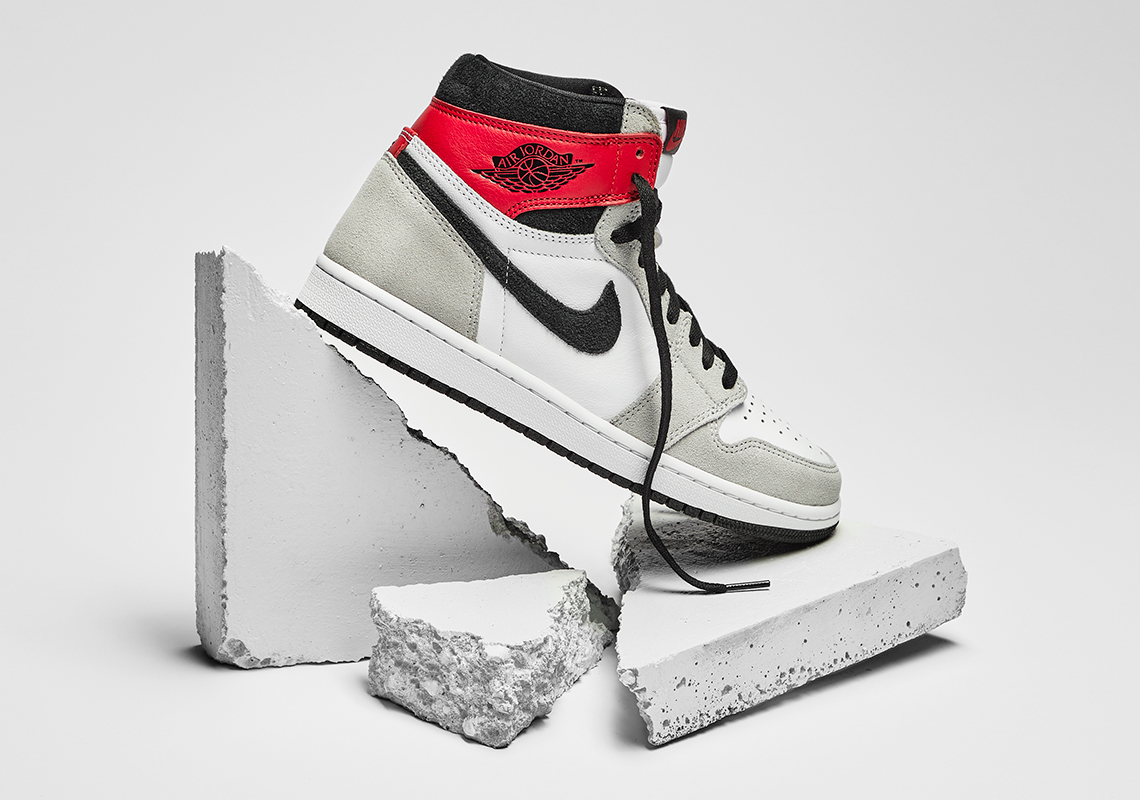 Air Jordan 1 High OG Smoke Grey 555088-126 | SneakerNews.com