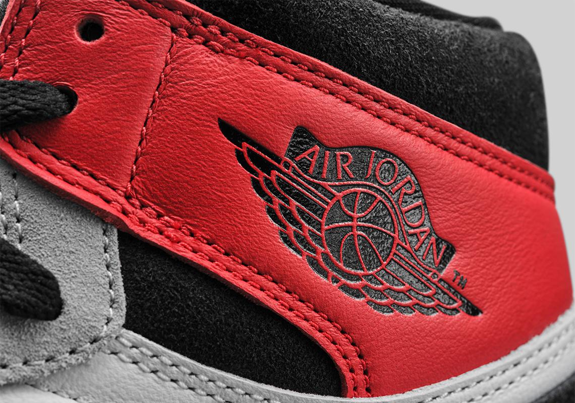 Air Jordan 1 High OG Light Smoke Grey 555088-126 2