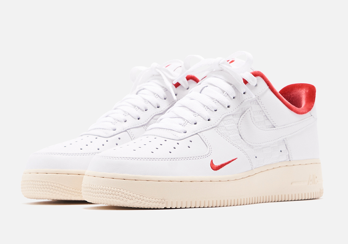 nike air force 1 low in store