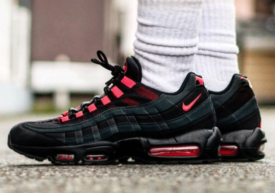 "The Nike Air Max 95 ""Laser Crimson"" Adds Patterns On Reflective Heel"