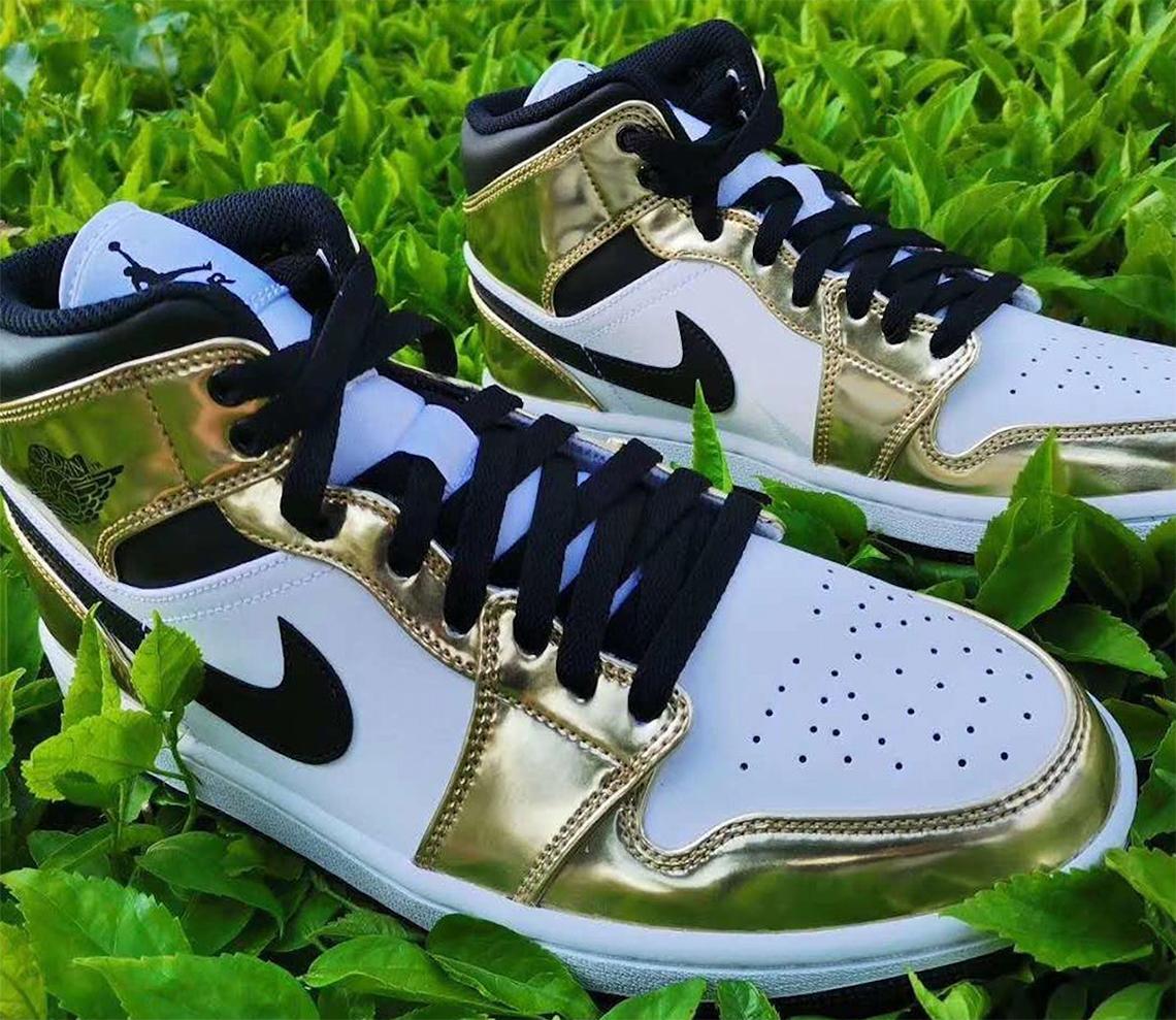 Air Jordan 1 Mid White Metallic Gold