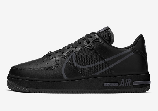 "The Nike Air Force 1 React Adopts The ""Triple Black"" Theme"