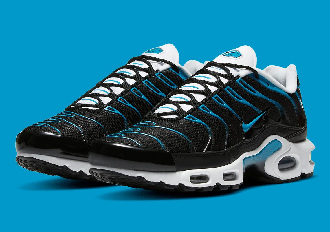 Nike Air Max Plus Black Laser Blue