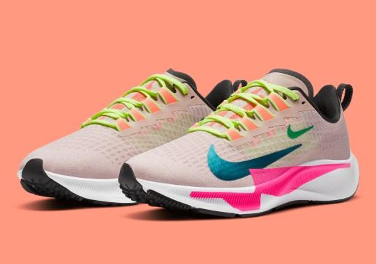 Nike Adds Double Swoosh Logos To The Zoom Pegasus 37 Premium