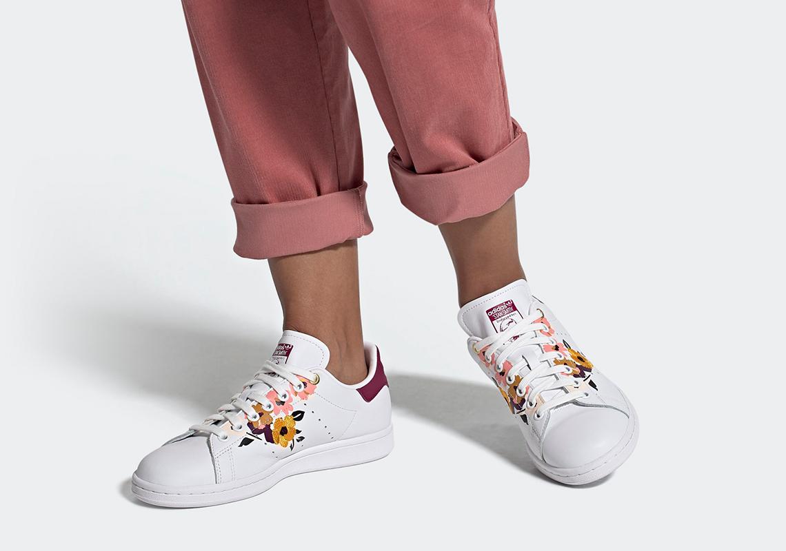 Supermercado Uva equilibrar  adidas Stan Smith Power Berry FW2524 Release Info   SneakerNews.com