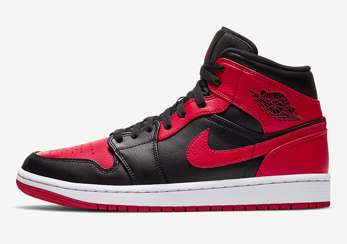 Air Jordan 1 Mid Banned 554724-074 Where To Buy ...