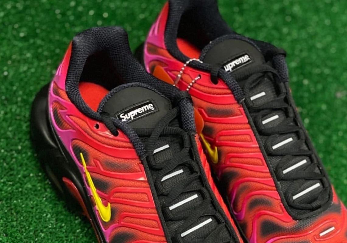 Azul Disturbio dólar estadounidense  Supreme Nike problems nike shox sneakers cheap price shoes Red 2020  DA1472-600 | Gov