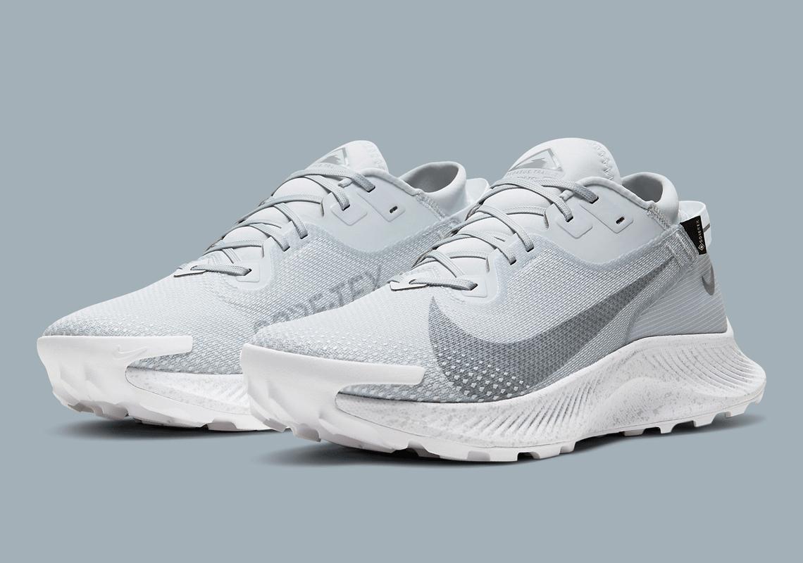 mil Rico Novedad  Nike Pegasus Trail 2 GORE-TEX DC1933-100 | SneakerNews.com