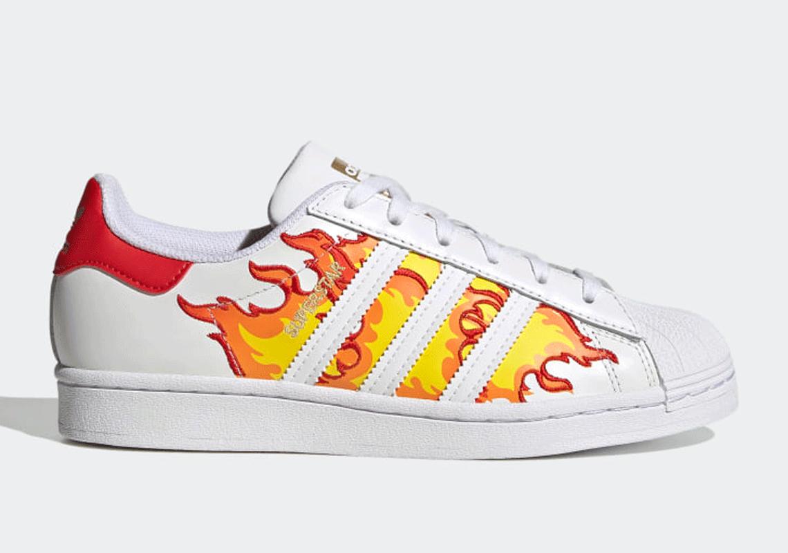 adidas Superstar Women's FZ4445 Flames |