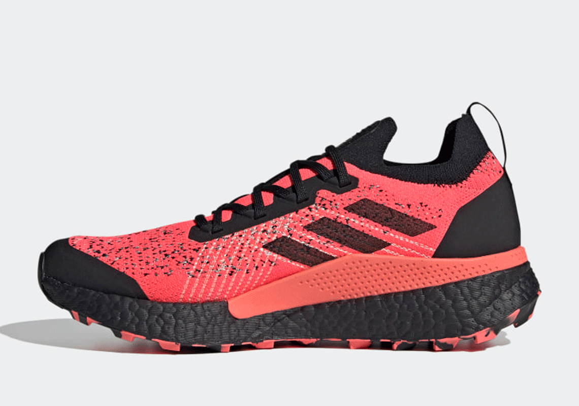 sólido Vendedor doce  adidas Terrex Two Ultra Parley Boost Trail FW9872 | SneakerNews.com