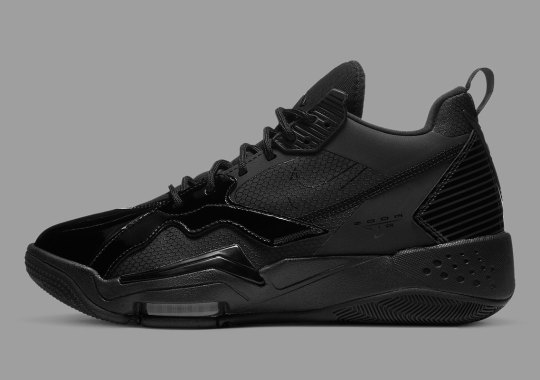 """The Jordan Zoom '92 Goes """"Black Cat"""" With Patent Leather"""