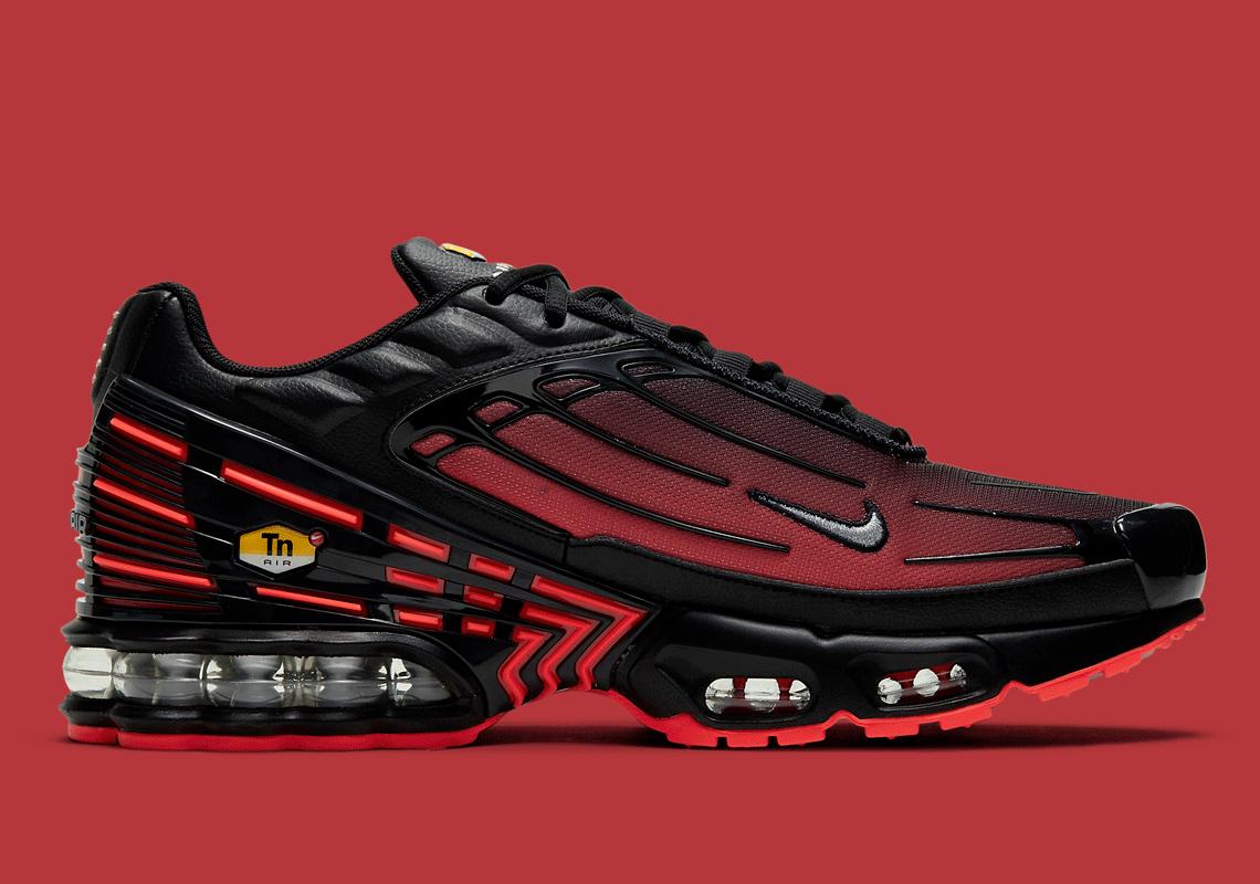 Nike Air Max Plus 3 Radiant Red Black CT1693-002 | SneakerNews.com
