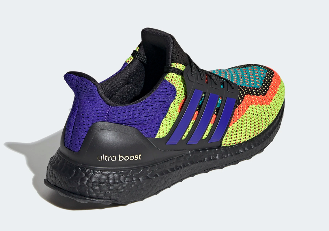 ULTRABOOST 2.0 DNA 'WHAT THE - CLOUD WHITE'