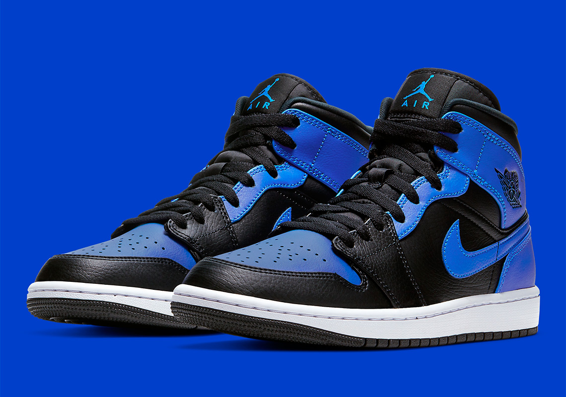 Air Jordan 1 Mid Royal 554724-077 Release Date | SneakerNews.com