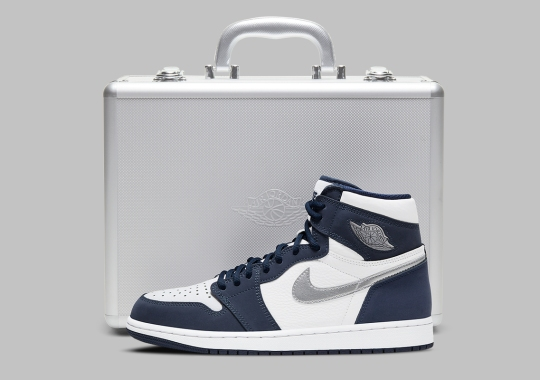 "Japan-Exclusive Air Jordan 1 Retro High OG ""Midnight Navy"" To Come With Suitcase"