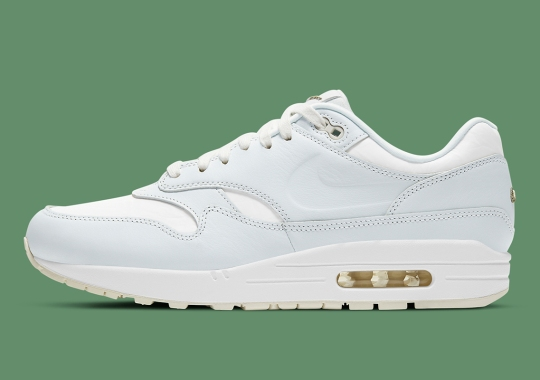 "Nike Air Max 1 ""Asparagus"" Replace The Swoosh With A Debossed Silhouette"